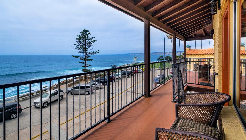 Oceanfront Hotel In La Jolla Suites Pantai Inn