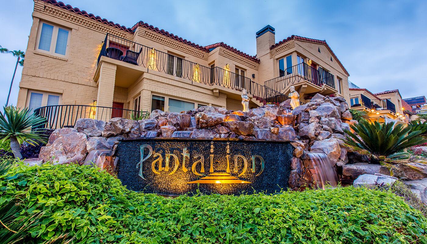 Pantai Inn La Jolla Hotel Front