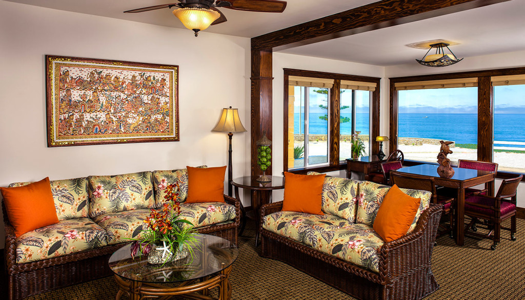 Pantai Inn La Jolla Oceanview Living and Dining Room